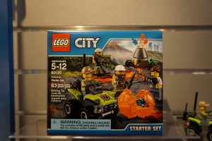 LEGO City 60120 Volcano Starter Set 1
