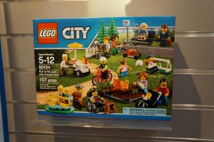 LEGO City 2016 60134 Fun in the Park 1