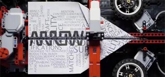 LEGO Mindstorms machine avions en papier