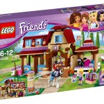 LEGO Friends Heartlake Horse Riding Club (41126) box