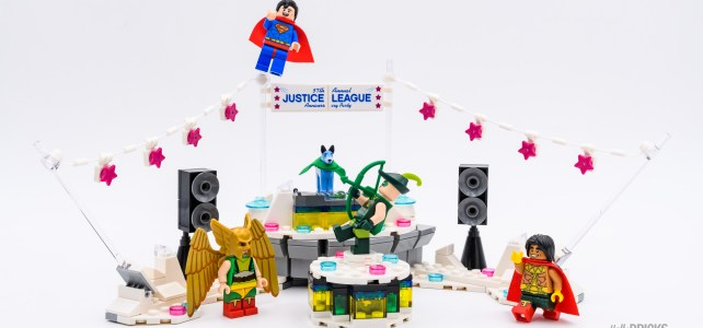 REVIEW LEGO 70919 The Justice League Anniversary Party, la pure définition du set à figs