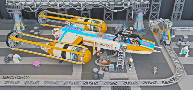 Crossover Star Wars X Friends : Y-Wing pour BFF