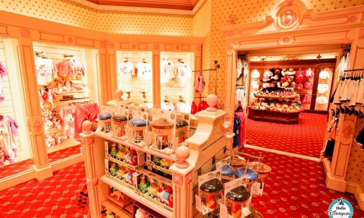 Shopping spécial bébé à Disneyland Paris