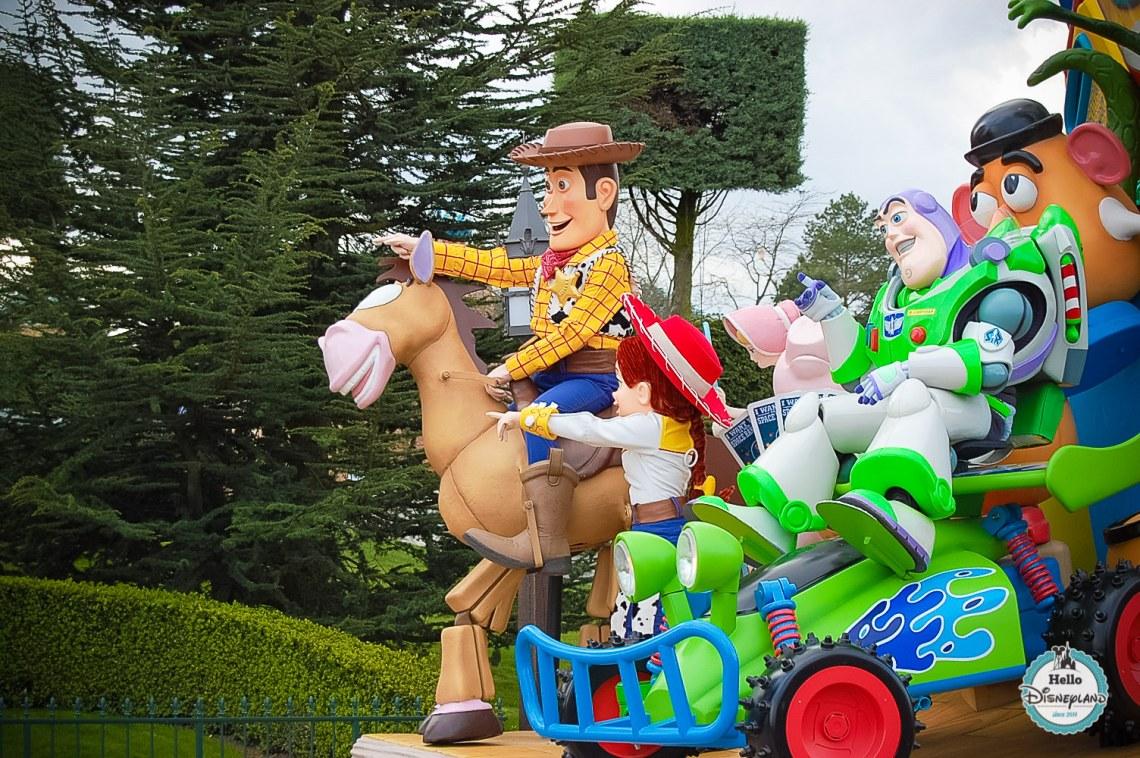 Disney Once Upon a Dream Parade - Disneyland Paris -7