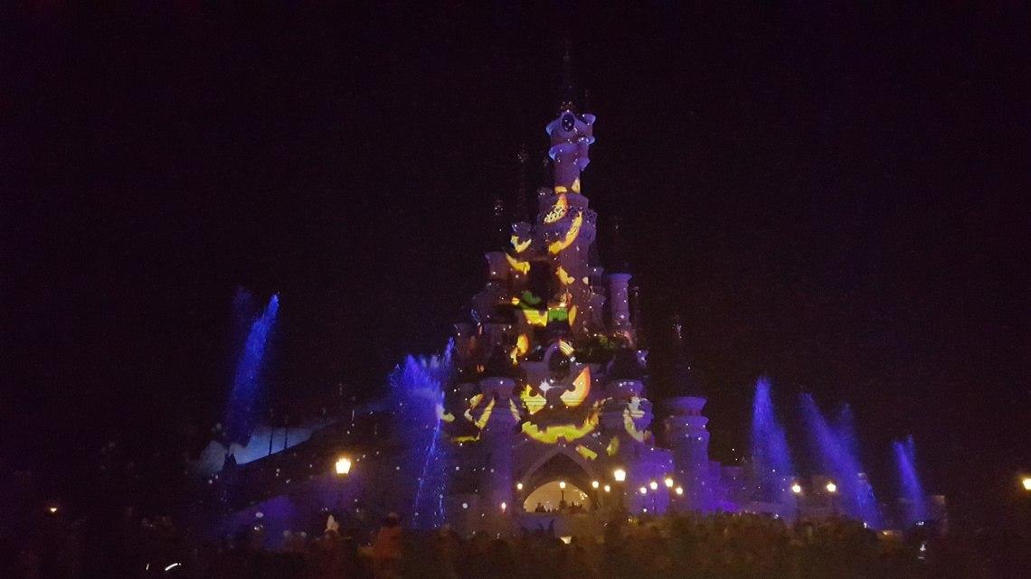 ambiance soirée halloween 2016 disneyland paris