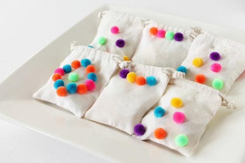 pompom-bags-eid-decorations