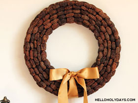 date-wreath