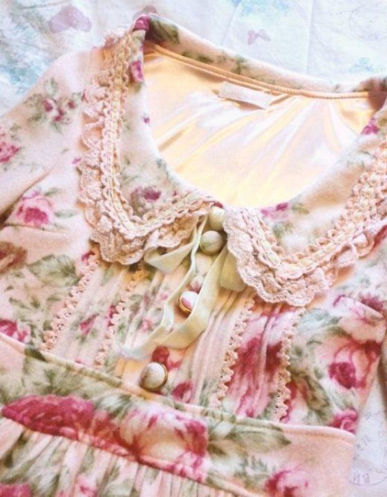 Kawaii Gyaru Shop Review: Liz Lisa Winter Florals