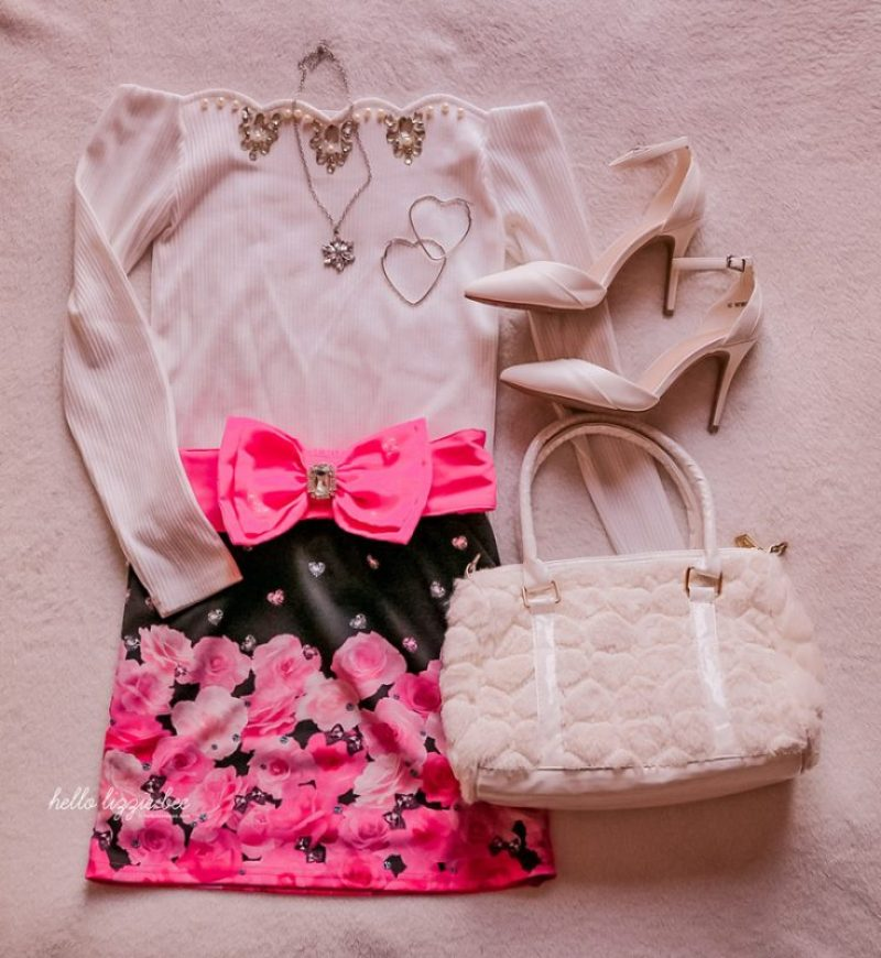 cute agejo outfit with dark floral ma*rs skirt by hellolizziebee