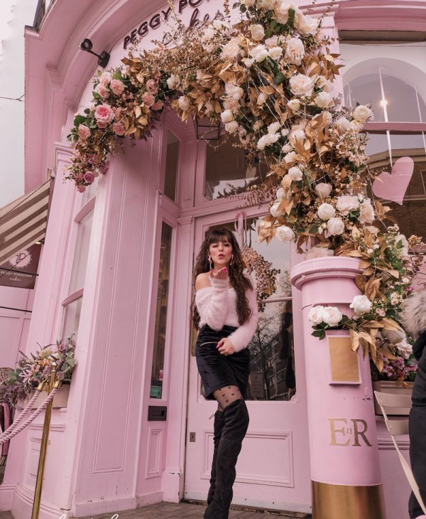 Delightfully Pink: Peggy Porschen Cakes in Belgravia, London
