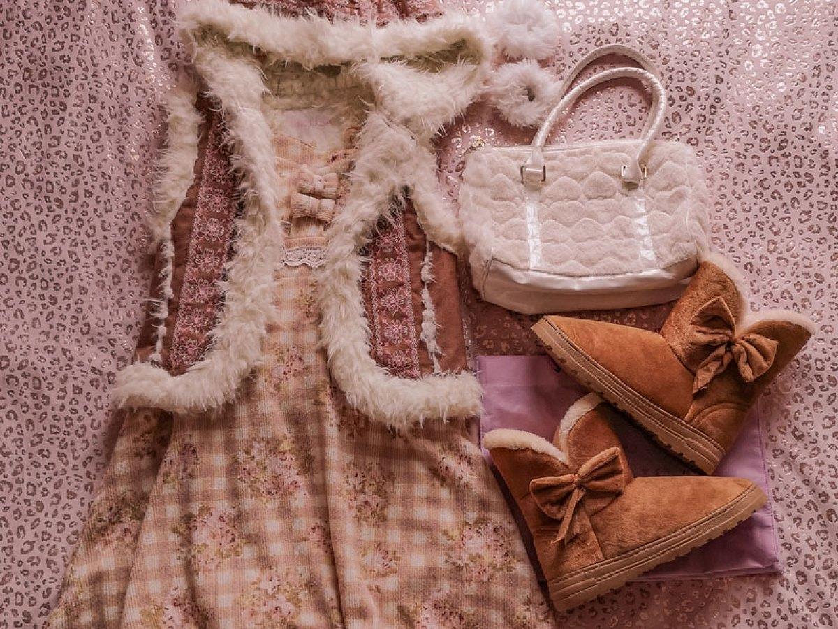 One Item Four Ways! Lizmelo Winter Dress