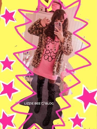 Hello Kitty gyaru outfit