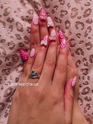 Gyaru hello kitty nail art