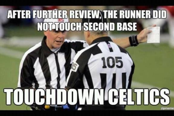 Funny NFL replacement ref meme.