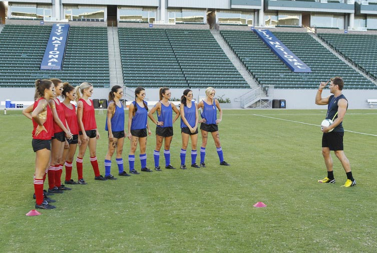 The Bachelor Juan Pablo talks to the girls about their group date playing soccer.