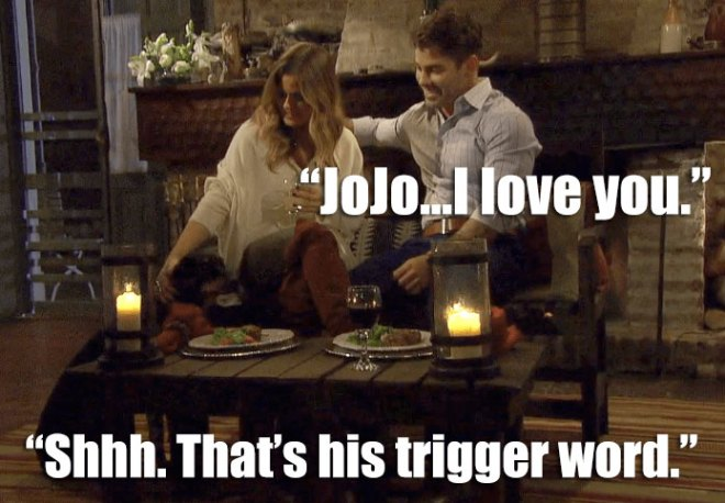 Alex and Jojo have dinner with a dog on their date on the Bachelorette.