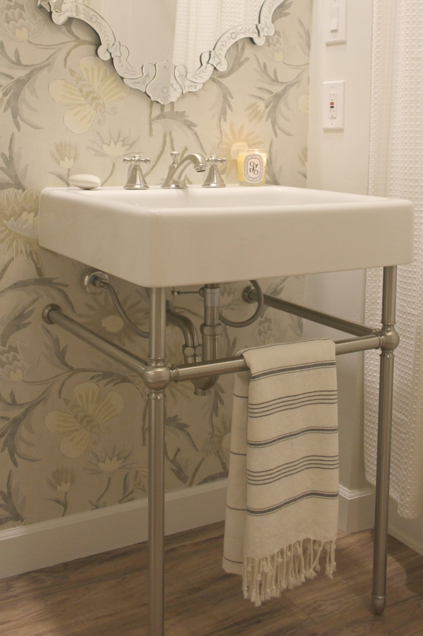 console sink ideas timeless classic