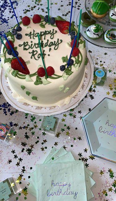 Rob Kardashian S Three Birthday Cakes Will Leave You Speechless Hello