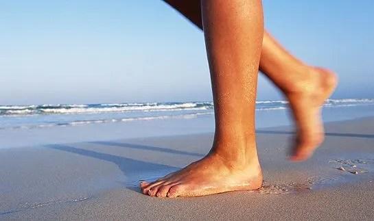 Health & beauty benefits of walking on the beach