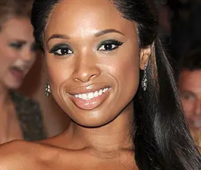 Jennifer Hudson Biography