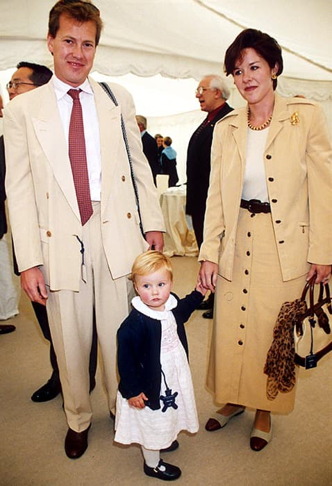 Lord Ivar Mountbatten, the Queen's cousin, comes out as ...