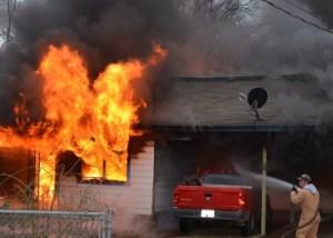rumah kebakaran