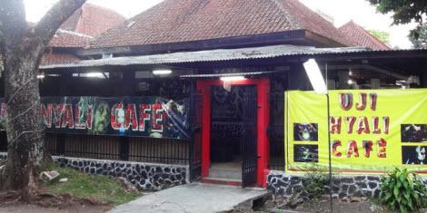 Cafe Uji Nyali di Bandung