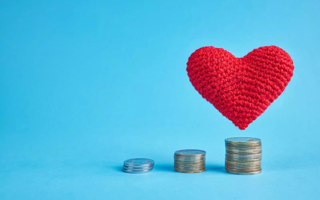 Calling Engaged Couples: Tips for a financially successful marriage
