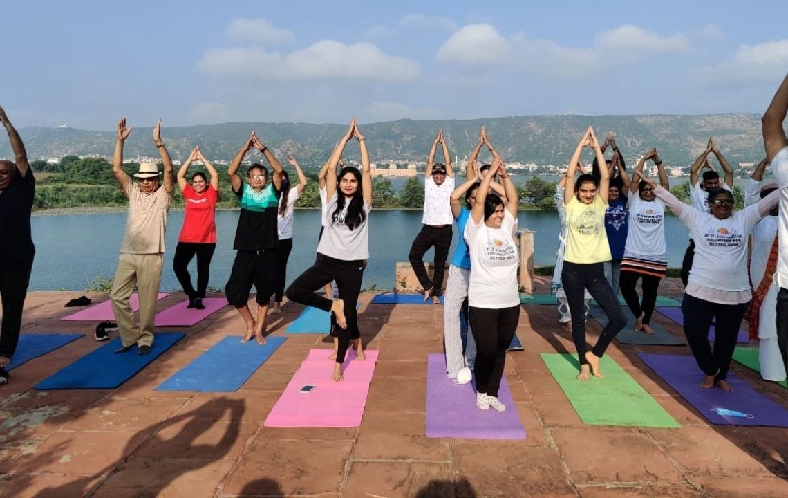 World Tourism Day, Art of living, Tourism Day, Yoga, Meditation, Satsang, Tourist, Hawa Mahal Jaipur, Amer , Jaipur tourist place,