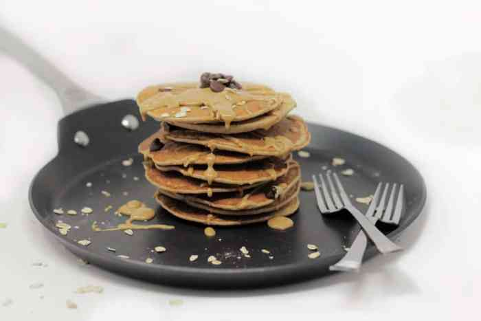 Healthy Oatmeal Chocolate Chip Protein Pancakes