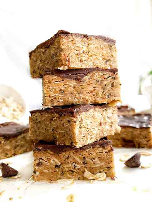 Healthy No Bake Peanut Butter Oatmeal Protein Bars