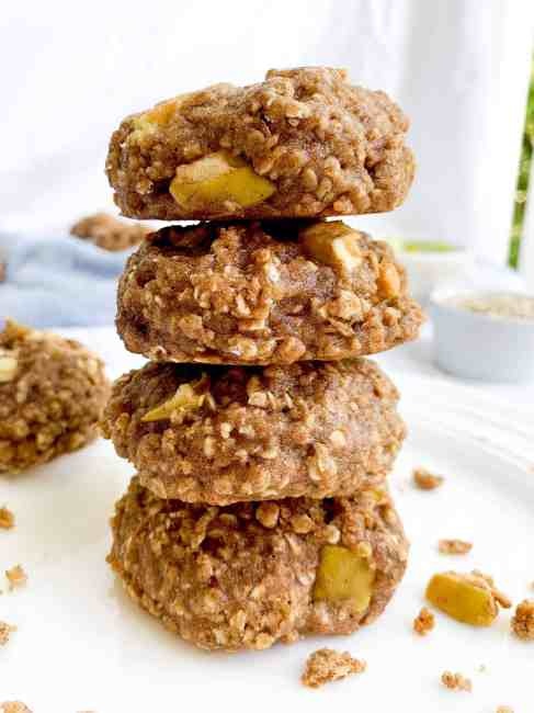 Healthy Oatmeal Apple Pie Cookies