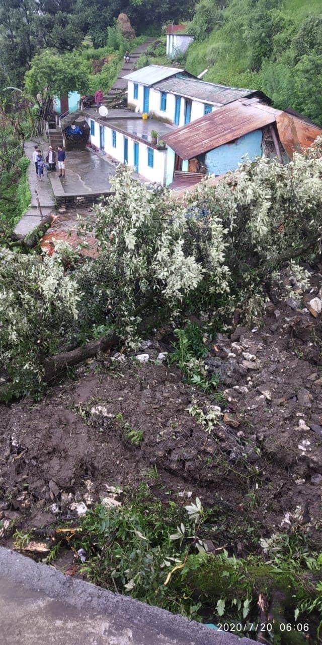 बड़ी खबर: पिथौरागढ़ के मुनस्यारी तहसील के दो स्थानों में फटा बादल, 3 लोगों की मौत, 5 ज़ख़्मी, 11 लोग लापता! 3