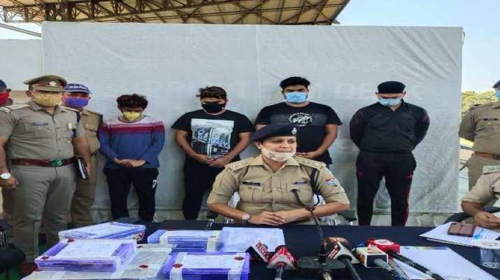 दून पुलिस ने आन लाइन सट्टे के अवैध करोबार में लिप्त अन्तर्राज्यीय गिरोह का किया पर्दाफाश, अम्बाला से 04 अभियुक्तों गिरफ्तार 1