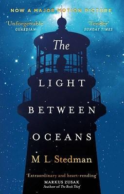 luz entre los océanos