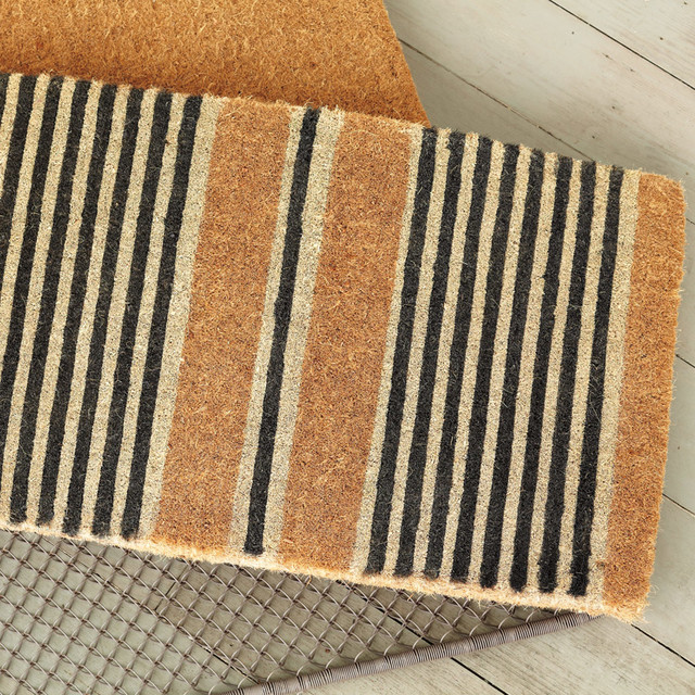Modern striped doormat inspiration | Hello Victoria Blog