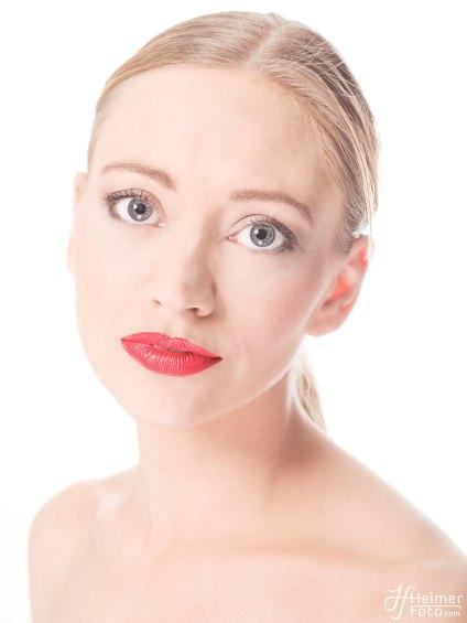 Model: June Schiering