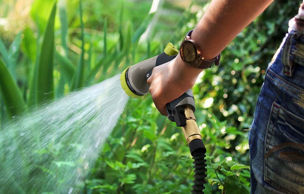 Are expandable garden hoses worth it? Easy.