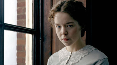 Picture shows:- ANNA MAXWELL MARTIN as Esther BBC ONE: Thursday October 27th, 2005 Gillian Anderson, Denis Lawson, Charles Dance, Alistair McGowan, Pauline Collins and Johnny Vegas lead a star cast in a ground-breaking adaptation of Dickens' Bleak House for BBC ONE, written by Andrew Davies and produced by Nigel Stafford-Clark. One of Dickens' most celebrated achievements and generally regarded as the greatest-ever depiction of Victorian London in fiction, Bleak House is a skilfully crafted thriller and passionate indictment of the legal system which is as searingly relevant today as it was in the mid 19th century. WARNING: Use of this copyright image is subject to Terms of Use of Digital Picture Service. In particular, this image may only be used during the publicity period for the purpose of publicising 'Bleak House' and provided the BBC is credited. Any use of this image on the internet or for any other puspose whatsoever, in cluding advertising or other commercial uses, requires the prior written approval of the BBC.