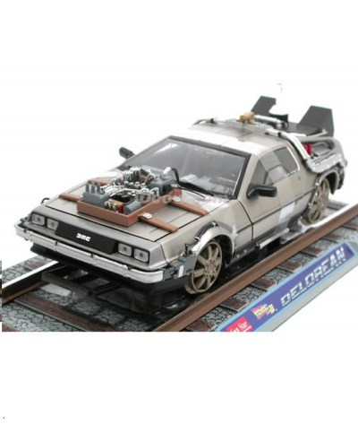 DeLorean railroad retour vers le futur 3 sunstar