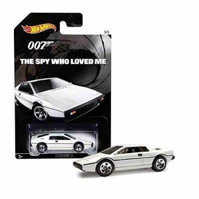 Hot-Wheels-James-Bond-007-2015-Le-Espion-Who-Aim-Me-5-de-5-0