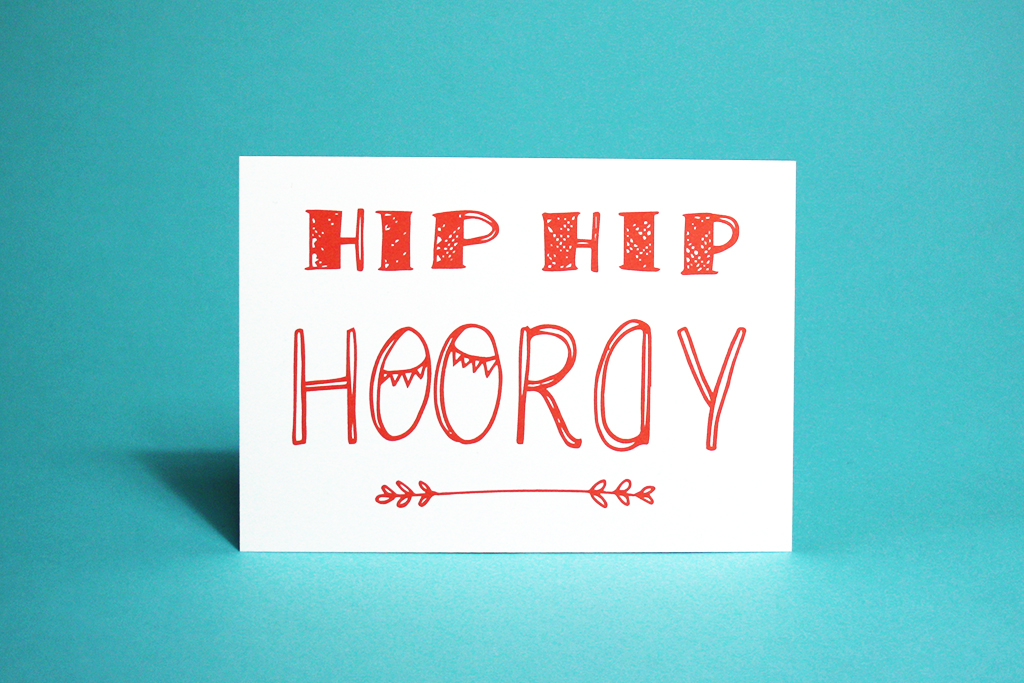 hip hip hooray hemelsblauw postcard