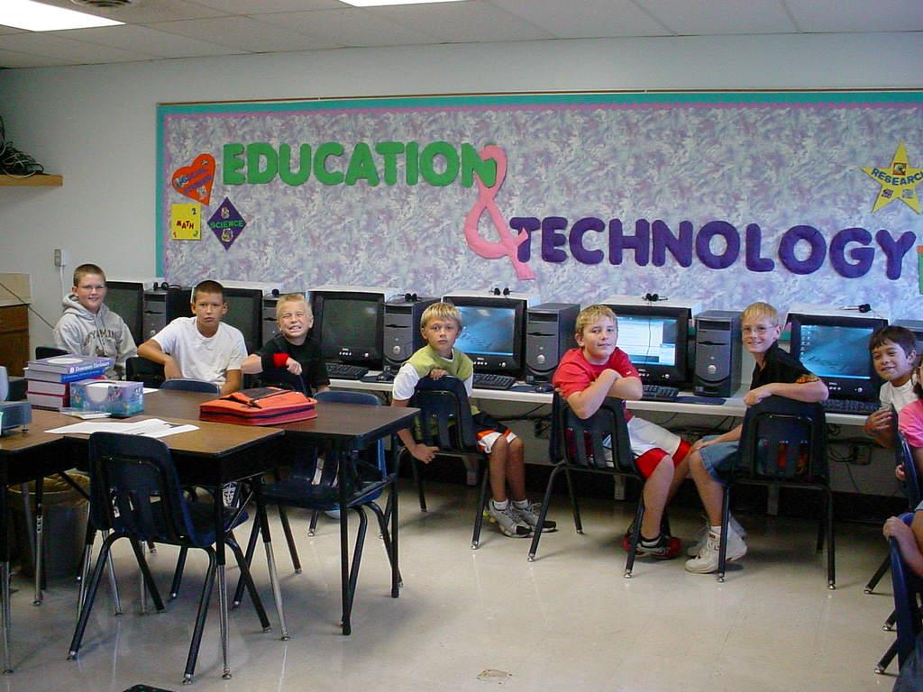 Hemingford Public School District 10