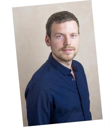Roman-Buchta-Coach-formateur-apprendre-à-apprendre-gestion-du-stress-préparation-mentale-photo-de-biais