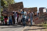 Suurbraak housing protest: march along the main road