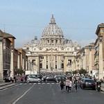 Een dag in, onder en rond het Vaticaan wandelen