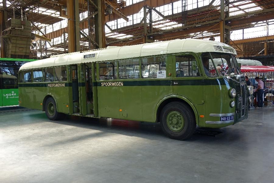 Stichting Veteraan Autobussen 50 jaar