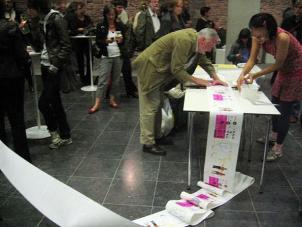 Binding the Book with Volunteers - Gent