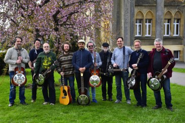 The resonator guitar class at 32.Musique Acoustique Workshop, Virton, BE