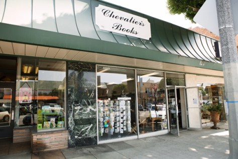 Chevaliers Books in Larchmont